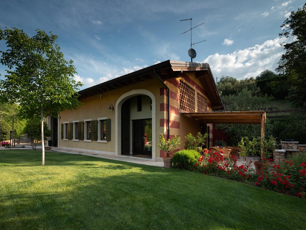 Sommavalle Farmhouse in Verona